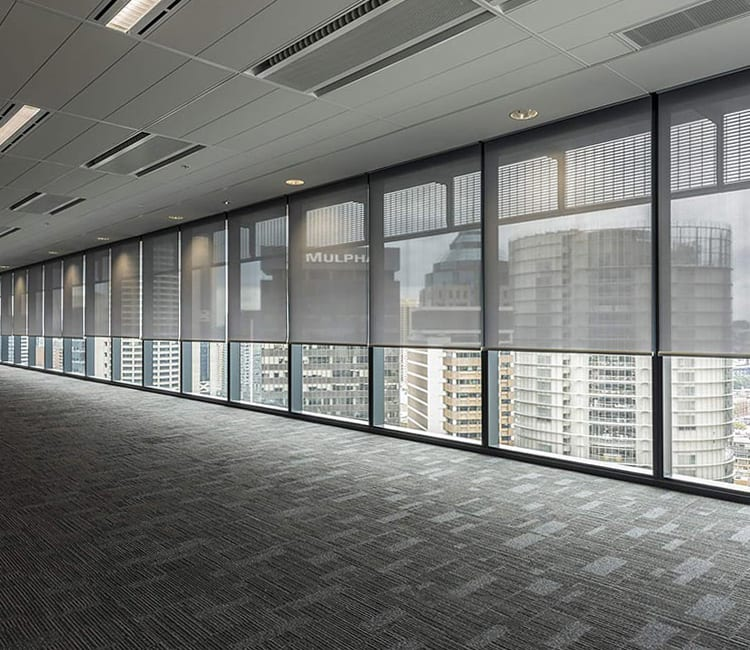 commercial building with wall to wall windows in Houston TX