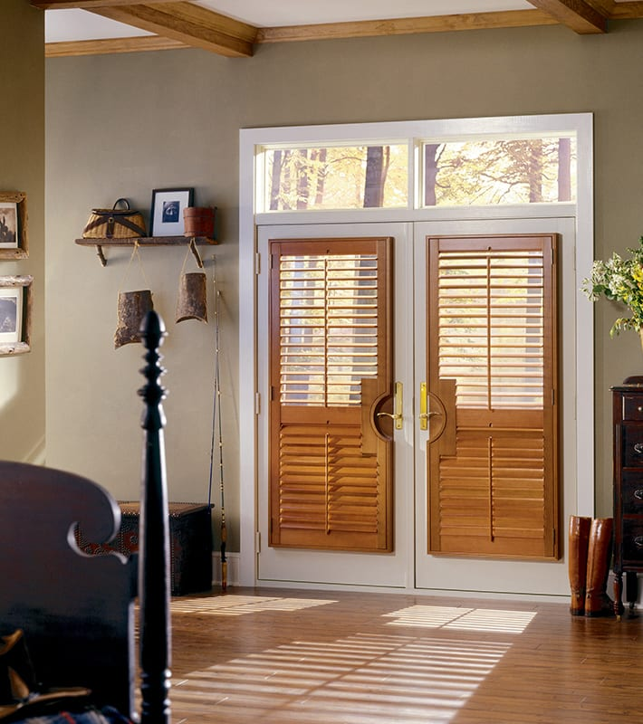 entryway entrance with window treatments for glass door